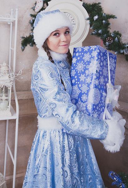 Дарья Крапивина в образе Снегурочки, фото