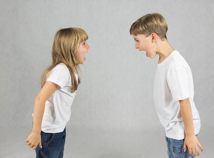 У детей конфликт: надо ли вмешиваться родителям?