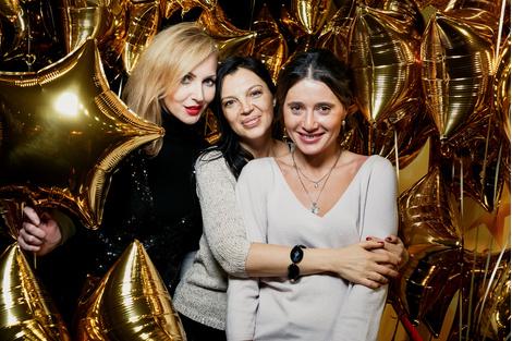 В кинотеатре «Москва» состоялась церемония закрытия «Недель Каннского кино 2015»   галерея [1] фото [8]