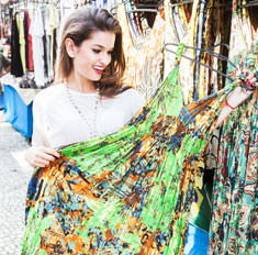 Отголоски кризиса: можно ли дешево и модно одеться на рынке