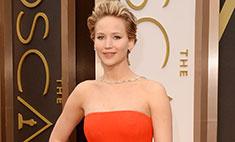 Дженнифер Лоуренс упала в платье Dior на «Оскаре»-2014