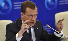 Дмитрий Медведев продвигает интернет в чиновничьи массы