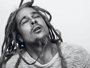 Брэд Питт (Brad Pitt) в образе хиппи