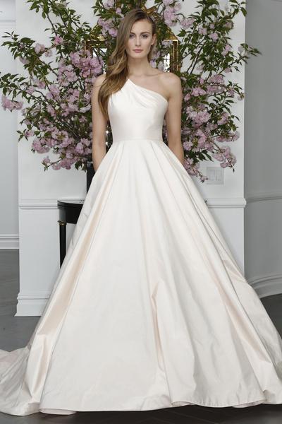 60 пышных свадебных платьев 2015 | галерея [1] фото [29]