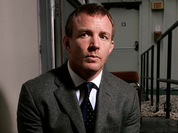 Гай Ричи (Guy Ritchie) сел за стол переговоров