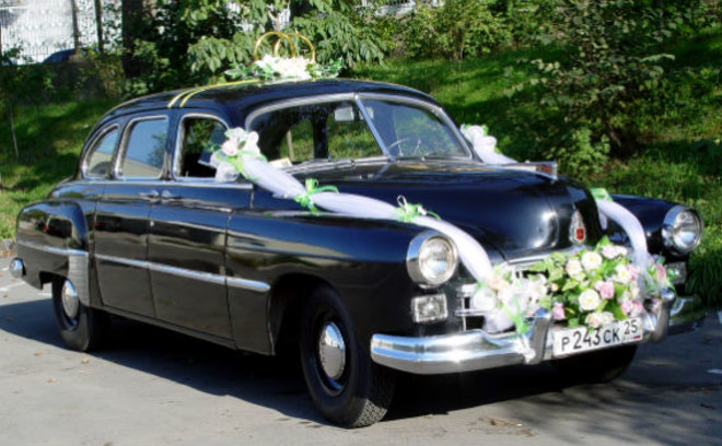 Прокат такого авто обойдется в 4000 руб. в час