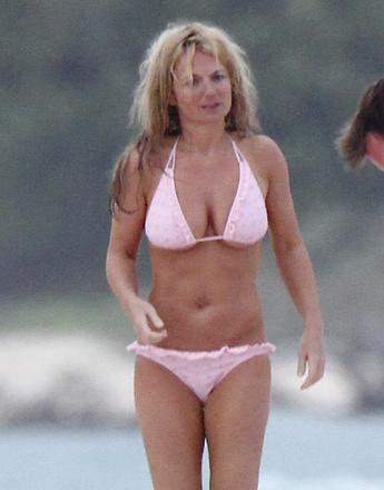Бывшая участница поп-группы «Spice Girls» Джерри Холлиуэлл (Geri Halliwell).