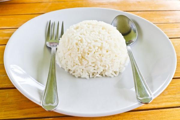 Чем полезна рисовая диета