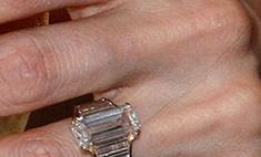 Свадебные тренды: обручальное кольцо Анджелины Джоли