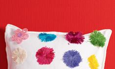 Яркая подушка: декор за 30 минут