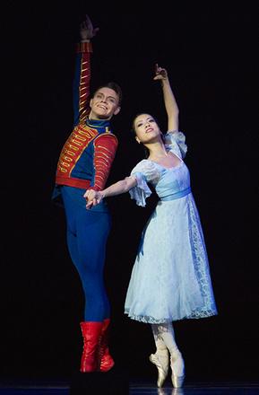 Мики Нисигути, балерина, фот