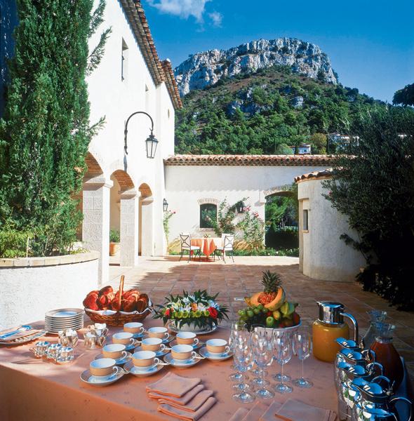 Chateau Saint-Martin & Spa2490 Avenue des Templiers, VenceTel. +33 (0) 4 93 58 02 02www.chateau-st-martin.com