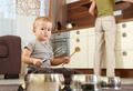 Должна ли готовить хорошая мать?