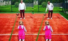 Мама дня: Навка с мужем и дочкой играют в футбол
