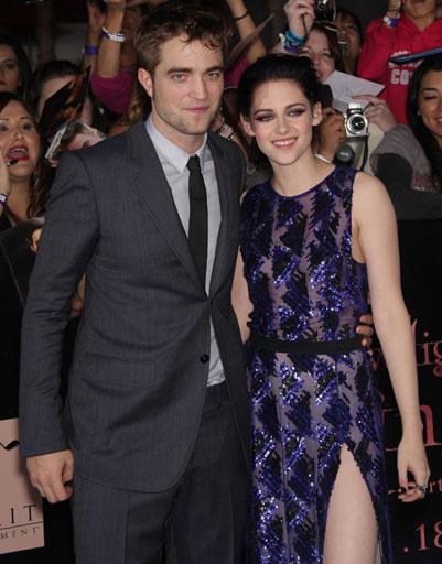 """Роберт Паттинсон (Robert Pattinson) и Кристен Стюарт (Kristen Stewart) на лос-анджелесской премьере фильма """"Сумерки. Сага. Рассвет. Часть 1"""""""