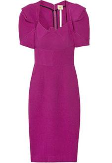 Платье насыщенного цвета фуксии от RM by Roland Mouret.