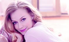 Светлана Ходченкова представила новый чувственный аромат от Avon