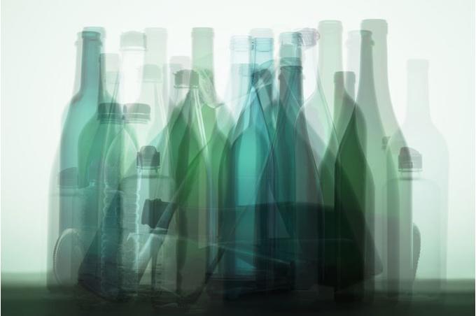Коллаж из бутылок