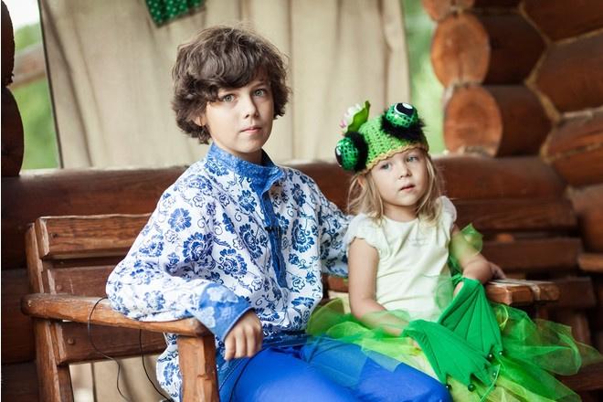 Участник шоу «Голос.Дети» Кирилл Скрипник и его младшая сестра