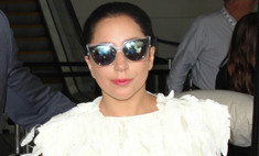 Леди Гага выбрала необычное свадебное платье