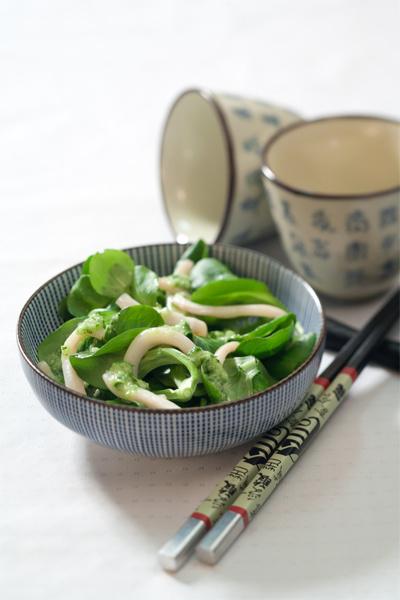 Салат с кальмарами: рецепт