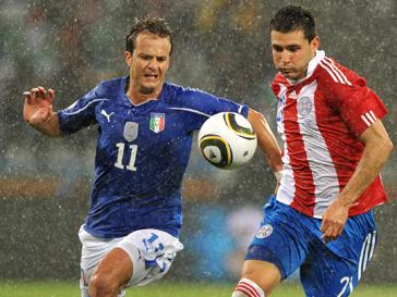 Матч между сборной Италии и Парагвая