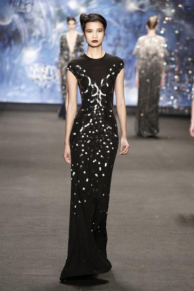 Самые роскошные вечерние платья Недели моды в Нью-Йорке | галерея [3] фото [8]