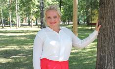 Светлана Пермякова учит дочку нырять