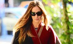 Осенний гардероб: Сара Джессика Паркер в модном пончо