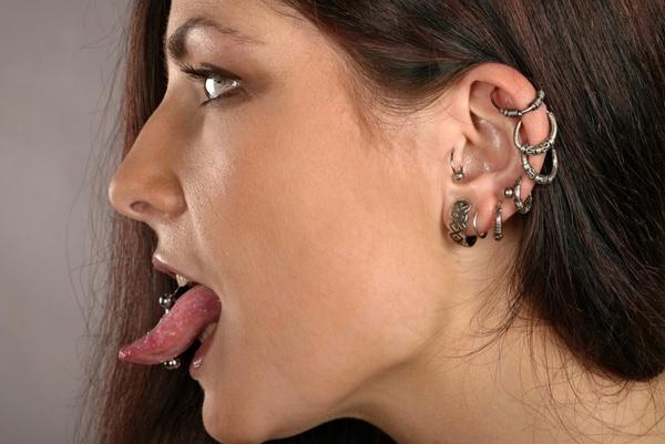 Оральный секс пирсинг в языке