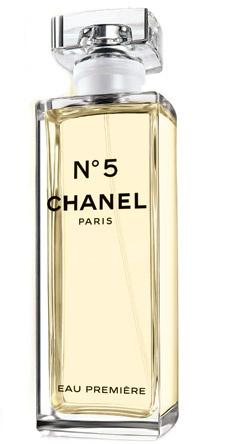 Eau Première – новая страница в истории легенды, написанная парфюмером Chanel Жаком Польжем. Аромат включает в себя все компоненты Chanel №5, также иланг-иланг с Коморских островов и жасмин из Грасса.
