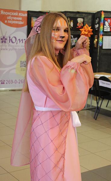 Леди Мэриан из мультфильма «Робин Гуд», фестиваль фэнтези и фантастики