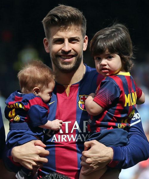 Жерар Пике с сыновьями Сашей и Миланом