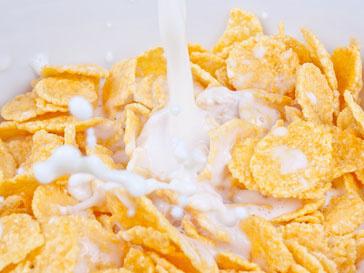 Дошкольникам сухие завтраки противопоказаны