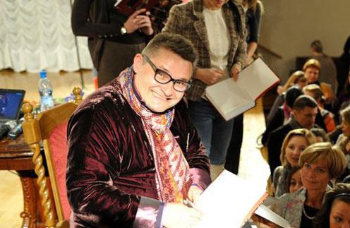 Александр Васильев прочитает лекцию о великом модельере Поле Пуаре, который стоял у истоков современной моды