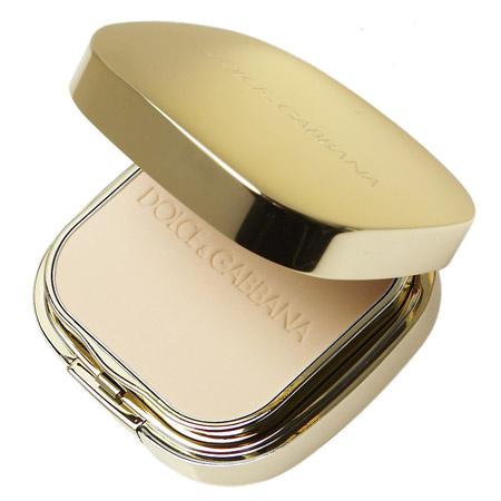 Крем-пудра Dolce&Gabbana для придания легкого натурального оттенка