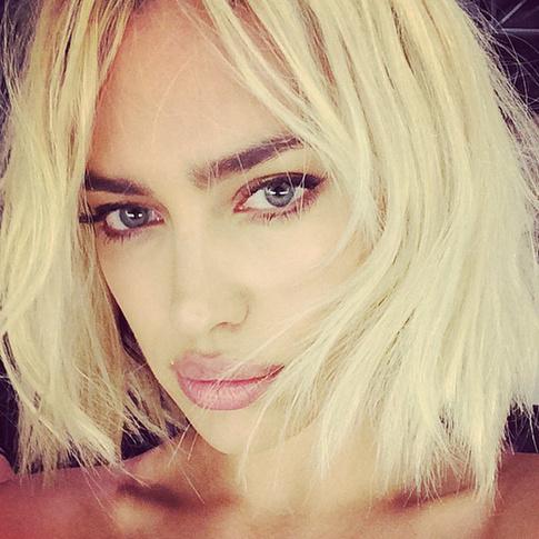 ирина шейк блондинка фото