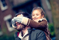 Семейные тайны: нужно ли быть честными с детьми?