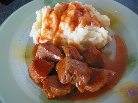 Гуляш из свинины с кетчупом рецепт