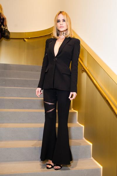 Селебрити на презентации осенней коллекции Versace   галерея [1] фото [2]