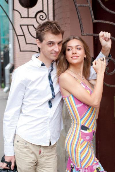 Пока шоу-рум продает платья только для участниц «Дома-2».