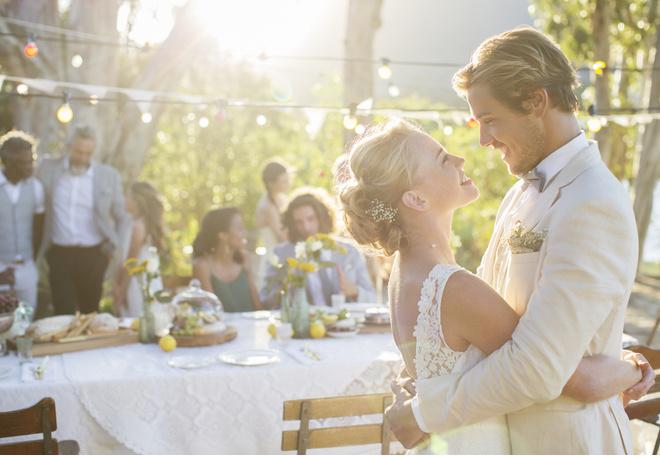 Как отметить свадьбу дешево