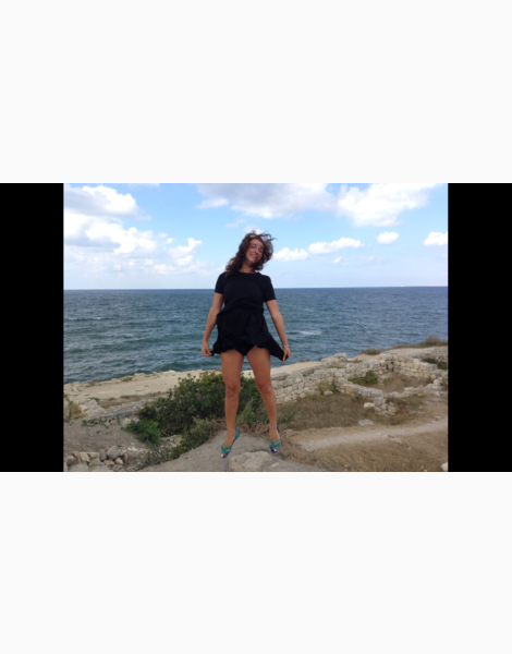 Поющая над морем