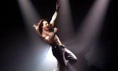 Том Круз превратился в рок-звезду