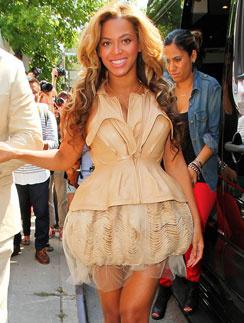 Бейонсе (Beyonce) на Неделе моды в Нью-Йорке