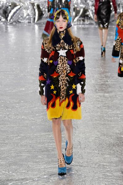 Самые красивые образы Недели моды в Лондоне | галерея [1] фото [53]