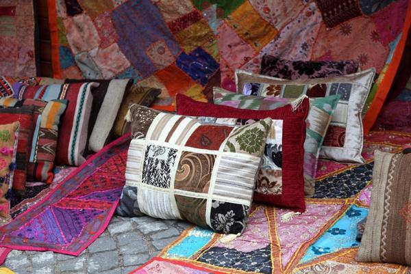 Сшить диванную подушку
