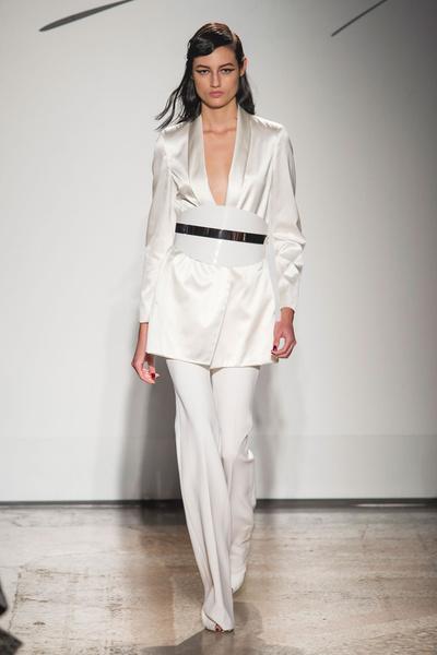Самые красивые образы Недели моды в Милане | галерея [1] фото [23]