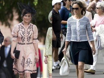 Слева Пиппа Миддлтон (Pippa Middleton) на свадьбе друзей, а справа - на Уимблдонском турнире