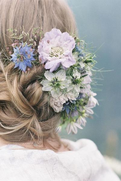 Как украсить цветами свадебную прическу   галерея [3] фото [5]